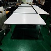 퍼시스 테이블