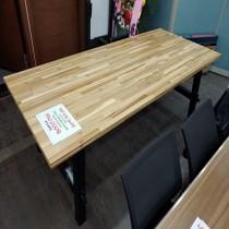 원목 상판 테이블